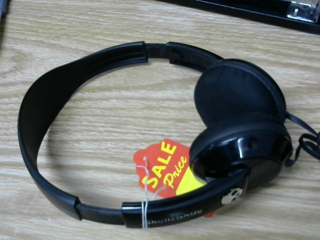 SKULLCANDY HEADSET
