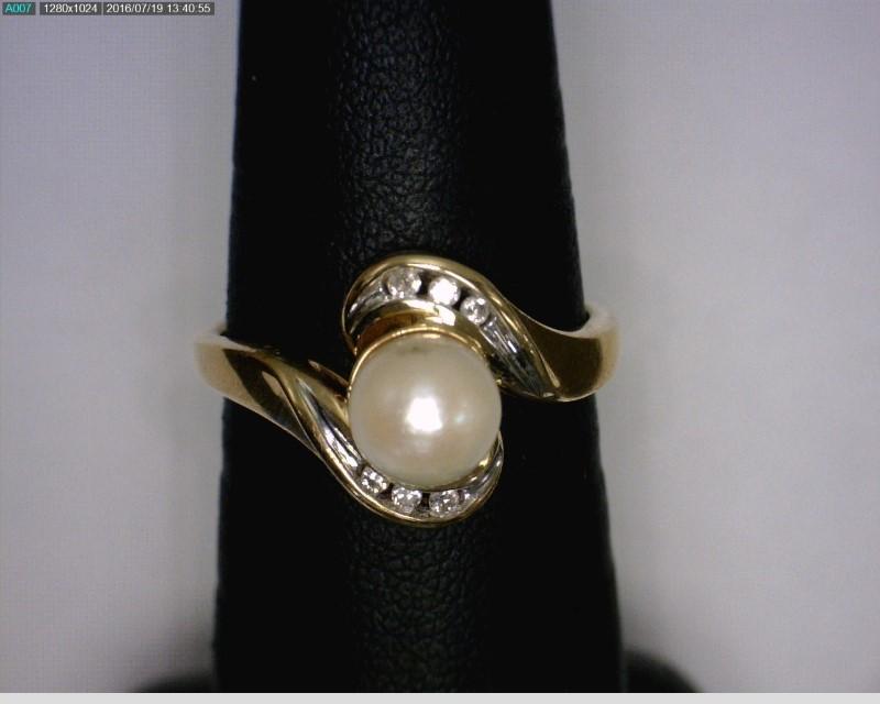 Pearl Lady's Stone & Diamond Ring 6 Diamonds .06 Carat T.W. 10K Yellow Gold
