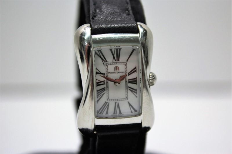 MAURICE LACROIX Gent's Wristwatch DIVINA LADIES WATCH DV5011