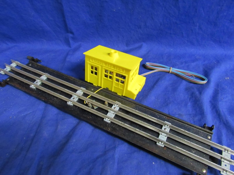 LIONEL ELECTRIC TRAINS: TRANSFER STATION 375