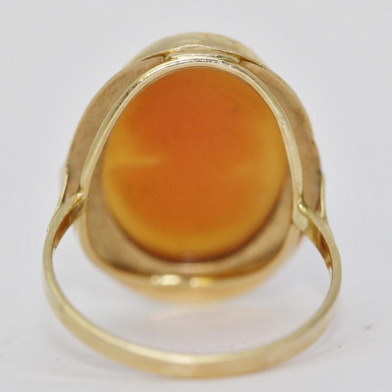 14K Yellow Gold Vintage Inspired Cathedral Set Plain Carnelian Shell Cameo Ring