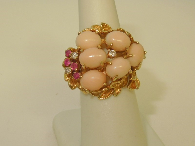 Synthetic Coral Lady's Stone & Diamond Ring 3 Diamonds .06 Carat T.W.
