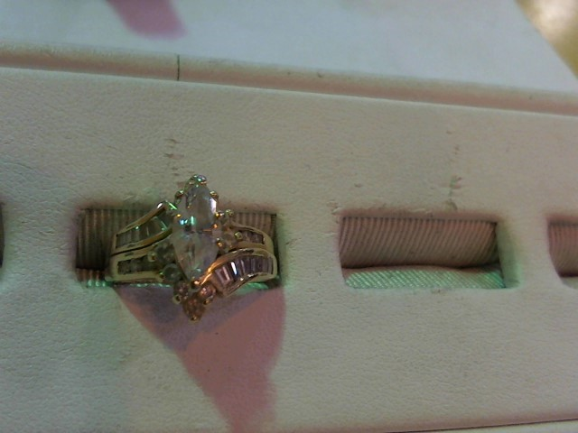 Lady's Diamond Wedding Set 31 Diamonds 1.41 Carat T.W. 14K Yellow Gold 6.2g