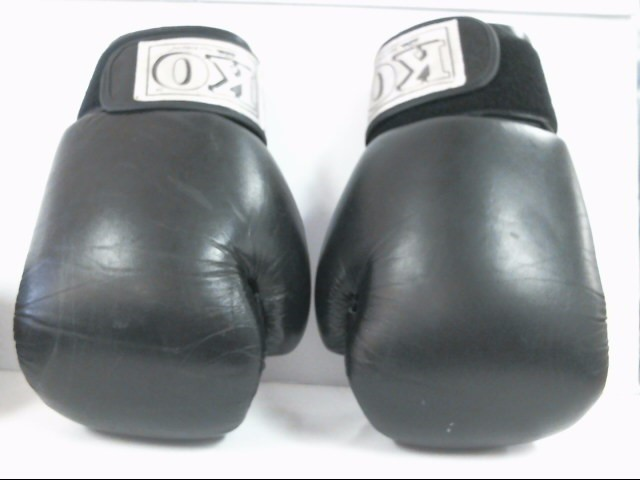 CENTURY Exercise Equipment 16OZ BOXING GLOVES