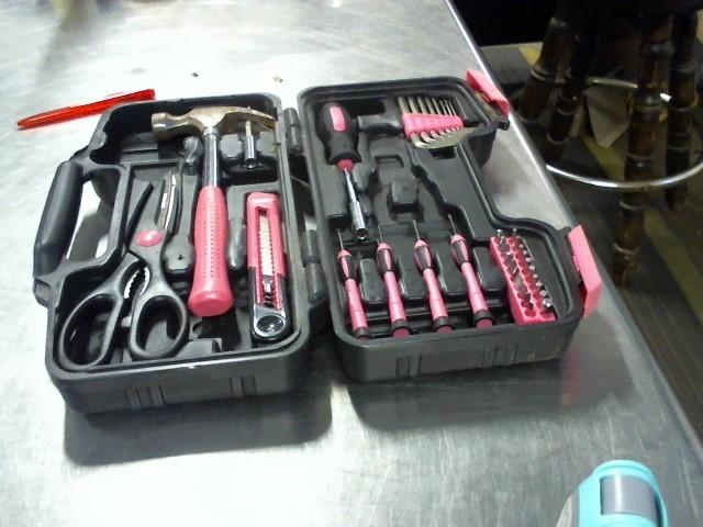 APOLLO PRECISION TOOLS Tool Box with Tools TOOL SET