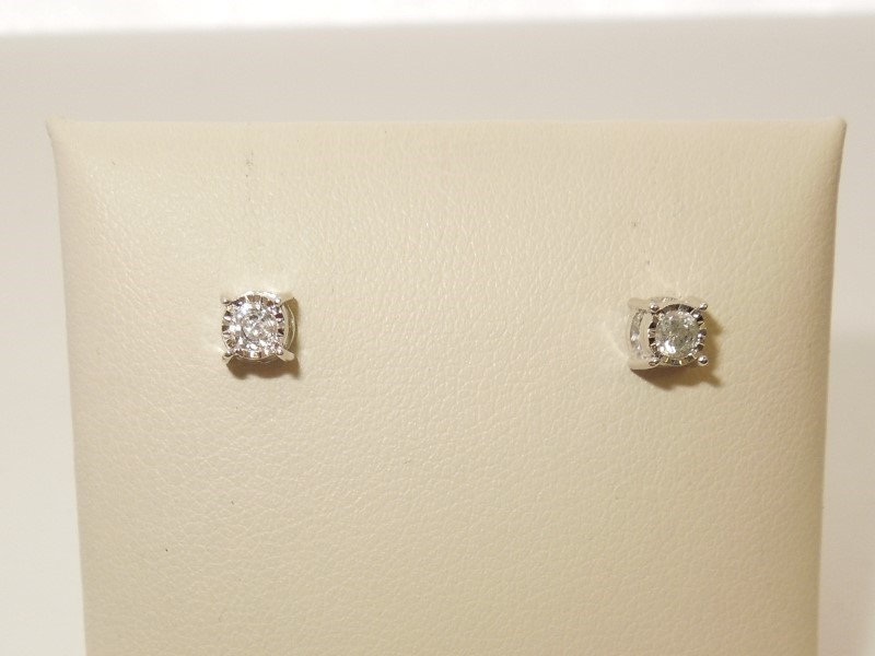 Gold-Diamond Earrings 18 Diamonds .36 Carat T.W. 10K White Gold 1g