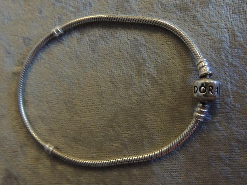 """Pandora Sterling Silver .925 Bracelet 9.1"""" w/ Barrel Clasp Authentic 590702HV AU"""