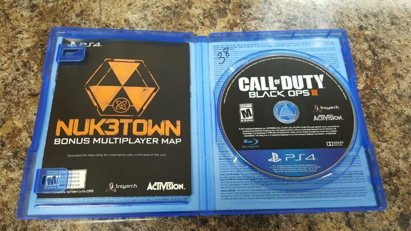 Call of Duty: Black Ops III (Sony PlayStation 4, 2015) PS4