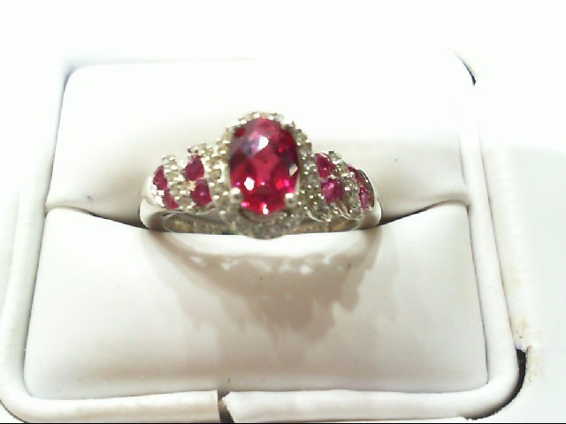 Lady's Silver-Diamond Ring 39 Diamonds .195 Carat T.W. 925 Silver 3g