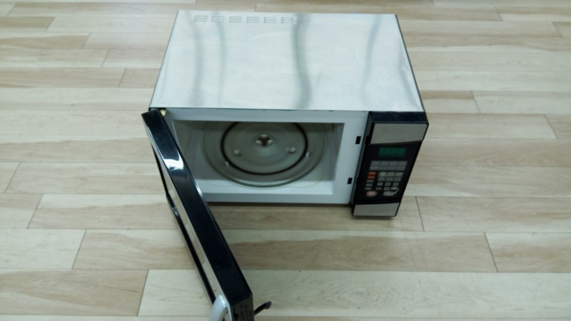 EMERSON MICROWAVE OVEN MW9113SS