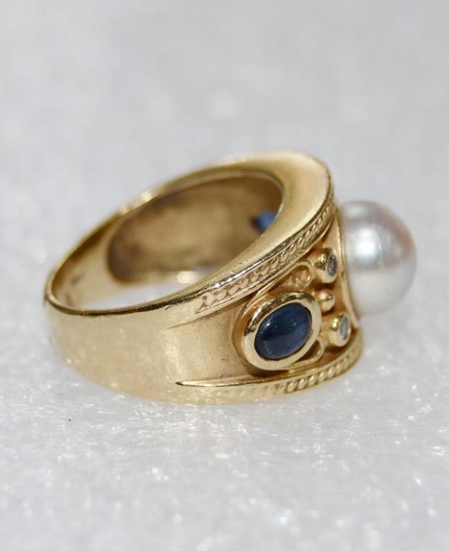 14K Yellow Gold Ornate Bezel Set Pearl, Diamond & Cabochon Sapphire Dome Ring