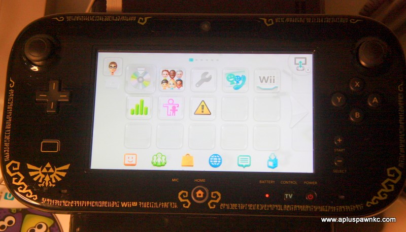 NINTENDO Wii U HANDHELD CONSOLE - WUP-010 with Splatoon Game
