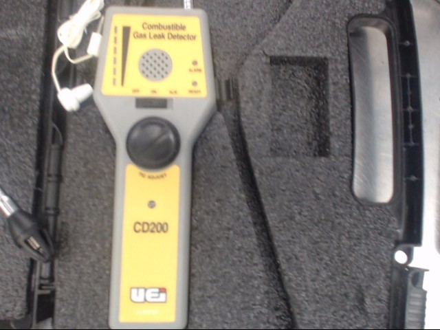 UEI Leak Detector CD200