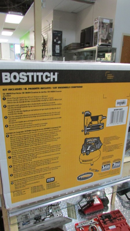 BOSTITCH Air Compressor 150PSI