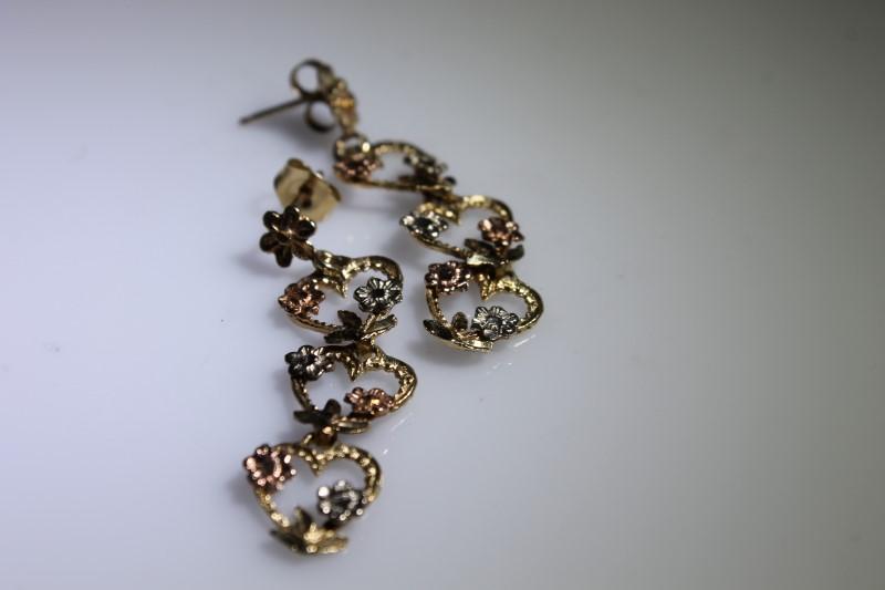 Gold Earrings 10K Yellow Gold 3.2g