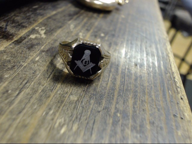 Black Stone Gent's Stone Ring 10K Yellow Gold 3.9g Size:10