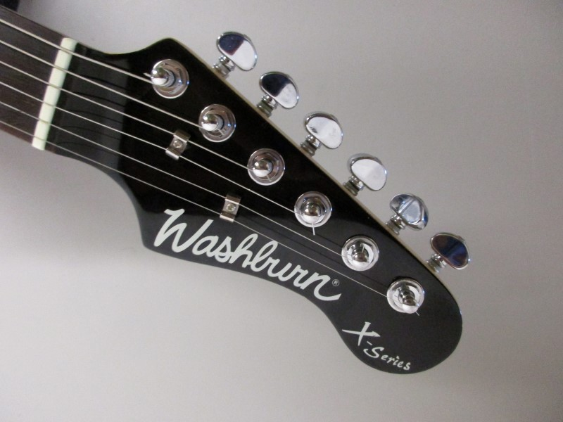 WASHBURN X-SERIES ELECTRIC GUITAR