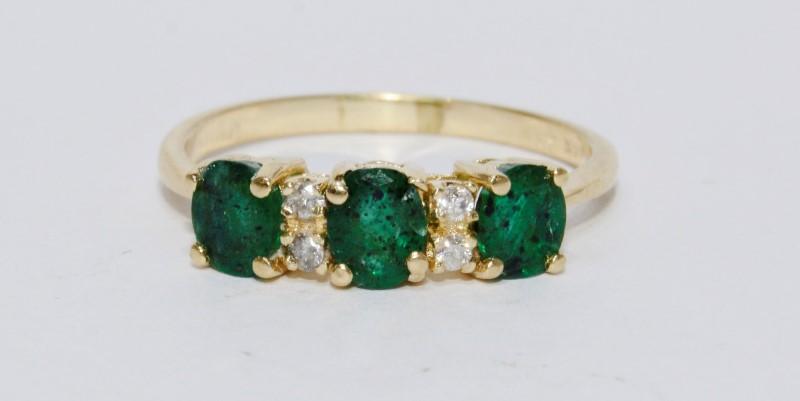 14K Yellow Gold Natural Round Emerald & Diamond 3-Stone Style Ring sz 8