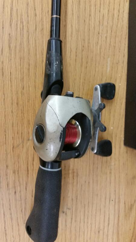 QUANTUM PF 400CX Fishing Rod & Reel Black Stick Casting Rod
