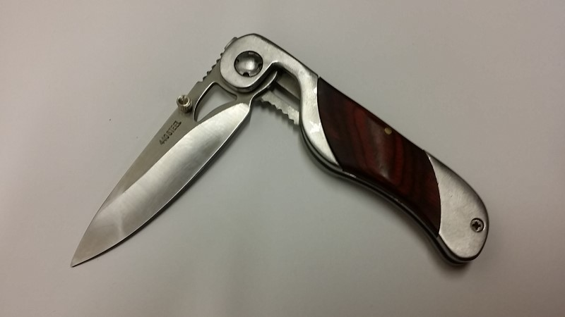 FOLDING POCKET KNIFE 440 STEEL