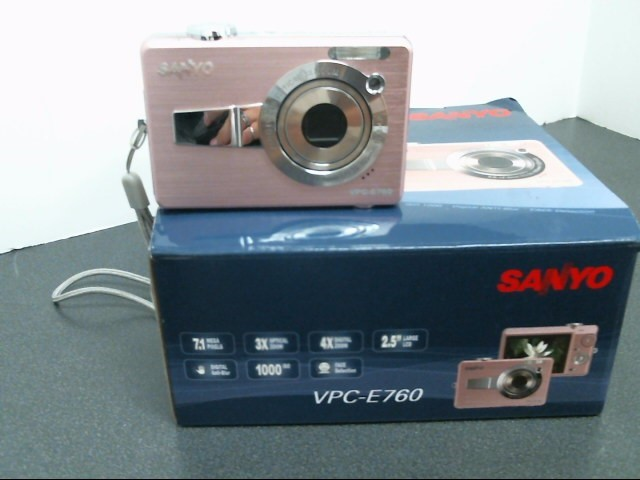SANYO Digital Camera VPC-E760