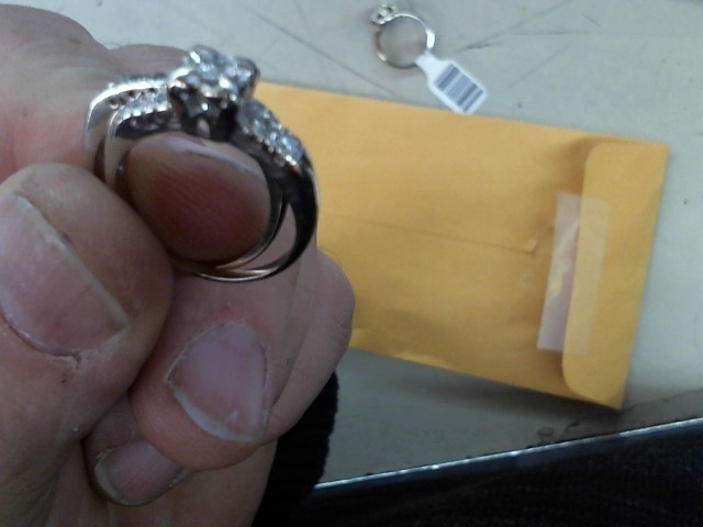 Lady's Diamond Wedding Set 12 Diamonds .21 Carat T.W. 14K White Gold 4.9g