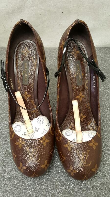 Louis Vuitton Mary Jane High Heel Monogram
