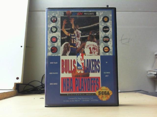 SEGA Sega Game BULLS VS LAKERS AND THE NBA PLAYOFFS