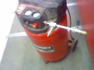 HUSKY TOOLS Air Compressor H1820F
