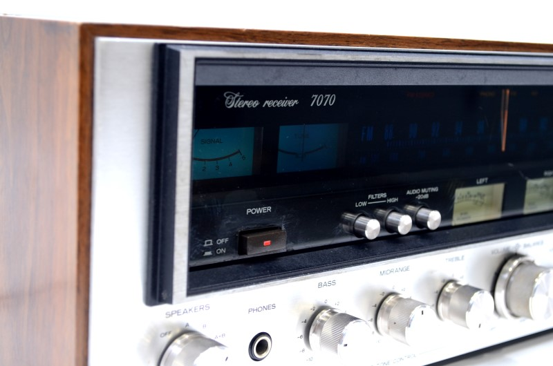 Sansui 7070 Vintage Stereo Receiver 60W Per Channel *Fully Working*