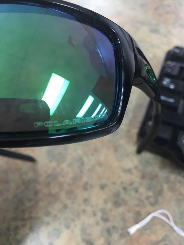 OAKLEY Sunglasses CANTEEN