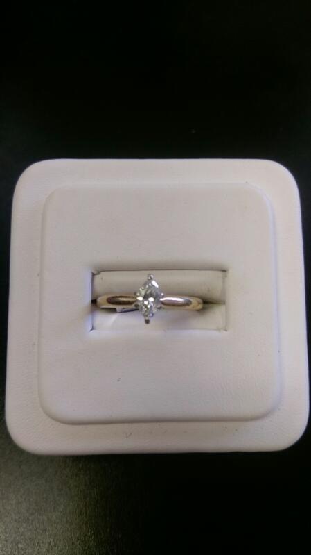 Lady's Diamond Solitaire Ring .50 CT.Diamond  14K Yellow Gold 2g SIZE 7