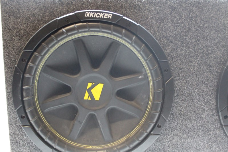 KICKER Speakers COMP 12'' SET OF 2 WITH BOX