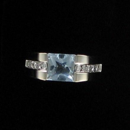 Teal Stone Gent's Stone & Diamond Ring 10 Diamonds .30 Carat T.W.
