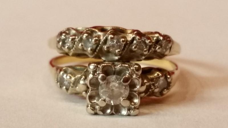 Lady's Diamond Wedding Set 8 Diamonds .29 Carat T.W. 14K Yellow Gold 4.5g