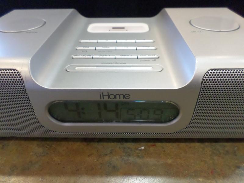 IHOME IPOD/MP3 Accessory IH8