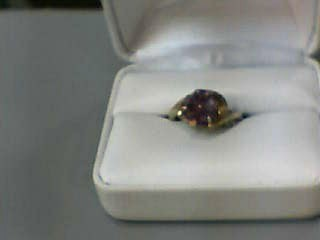 Amethyst Lady's Stone Ring 10K Yellow Gold 2.4dwt Size:7