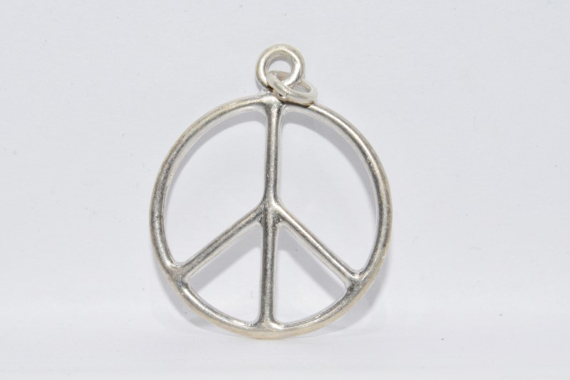Sterling Silver Simple Basic Peace Sign Silhouette Pendant Necklace