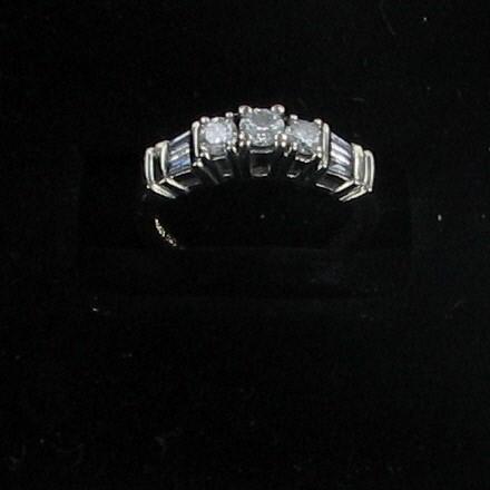 Lady's Diamond Fashion Ring 7 Diamonds .99 Carat T.W. 14K Yellow Gold 2.4dwt