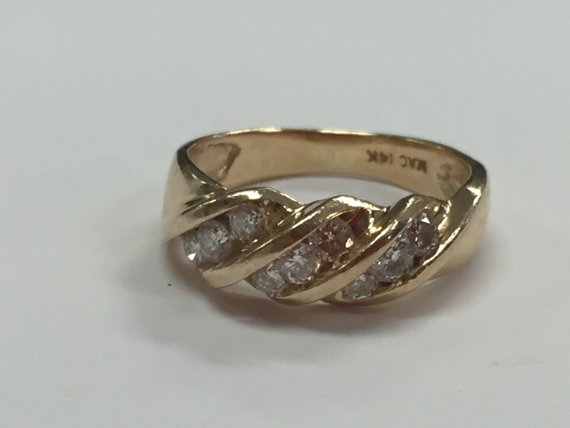 14K DIAMOND RING .63 CARAT T.W. YELLOW GOLD SIZE 4.5