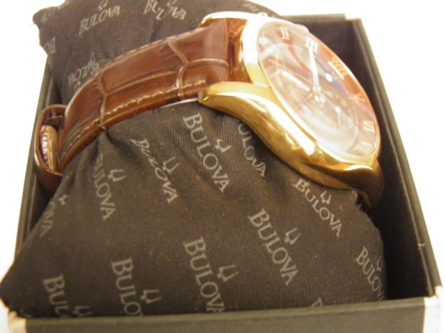 Bulova Mens Watch (C4691191) Leatherband Rose Gold