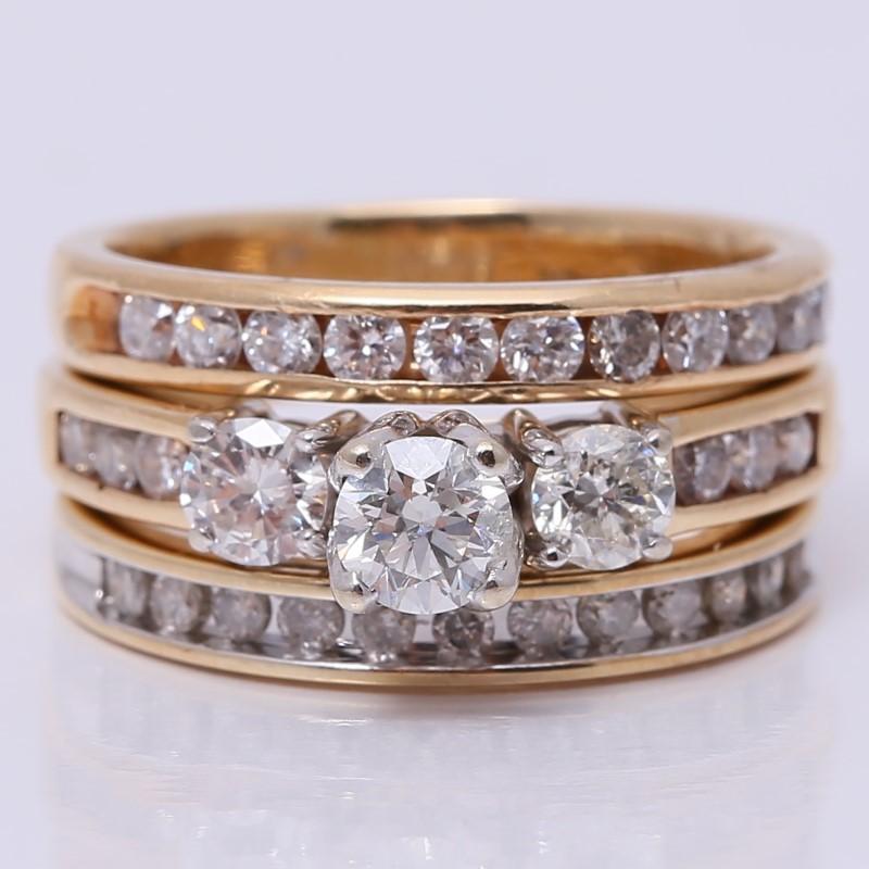 14K Y/G Round Brilliant Channel & 3 Stone Diamond Wedding Set Size 7