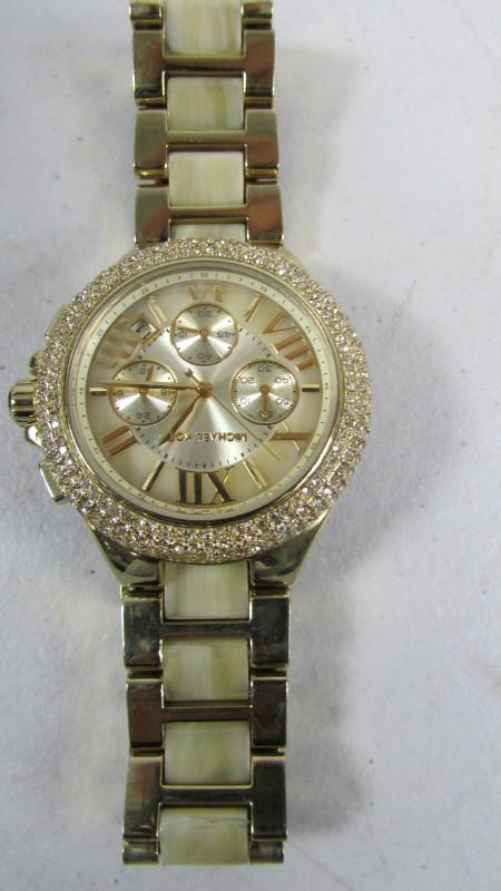 Lady's Diamond Cluster Ring 29 Diamonds .37 Carat T.W. 14K White Gold 3.3g