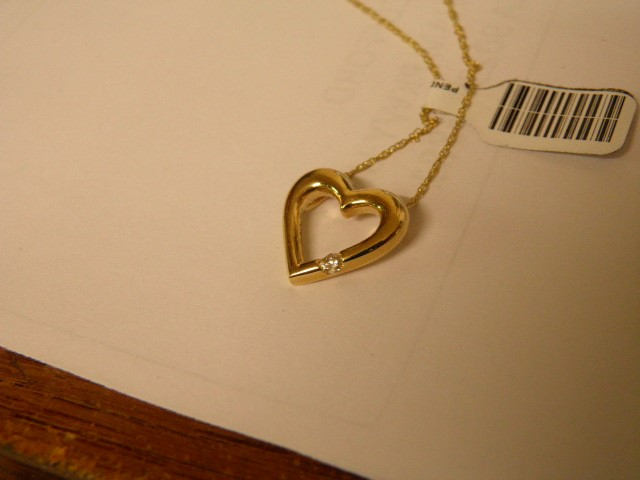 Gold-Diamond Solitaire Heart Pendant