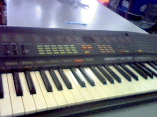 YAMAHA Keyboards/MIDI Equipment PSR-38