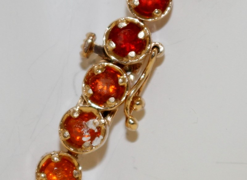 Red Stone Gold-Stone Bracelet 14K Yellow Gold 9.6g