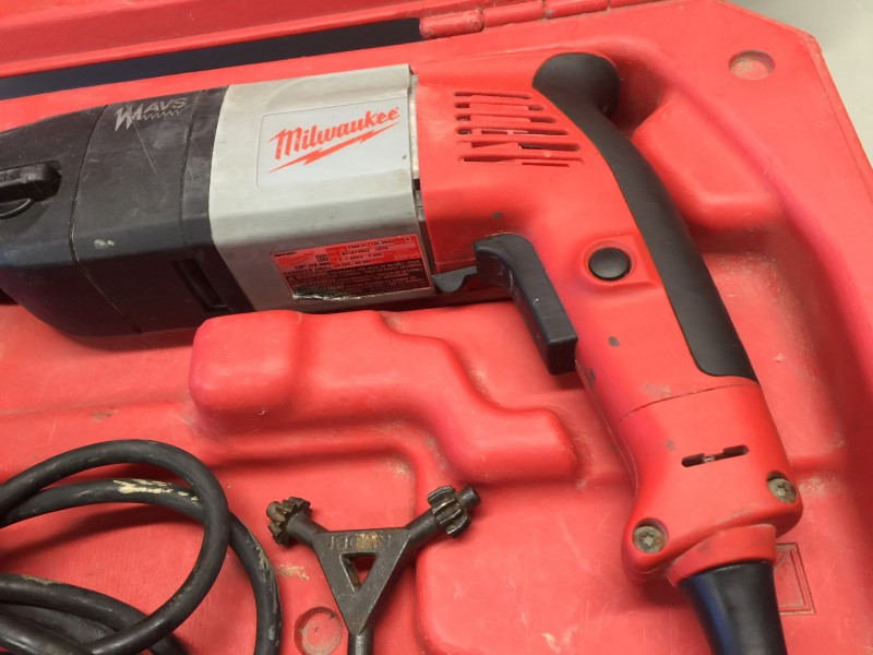 "MILWAUKEE 5380-21 9-amp 1/2"" Heavy-Duty Hammer Drill"