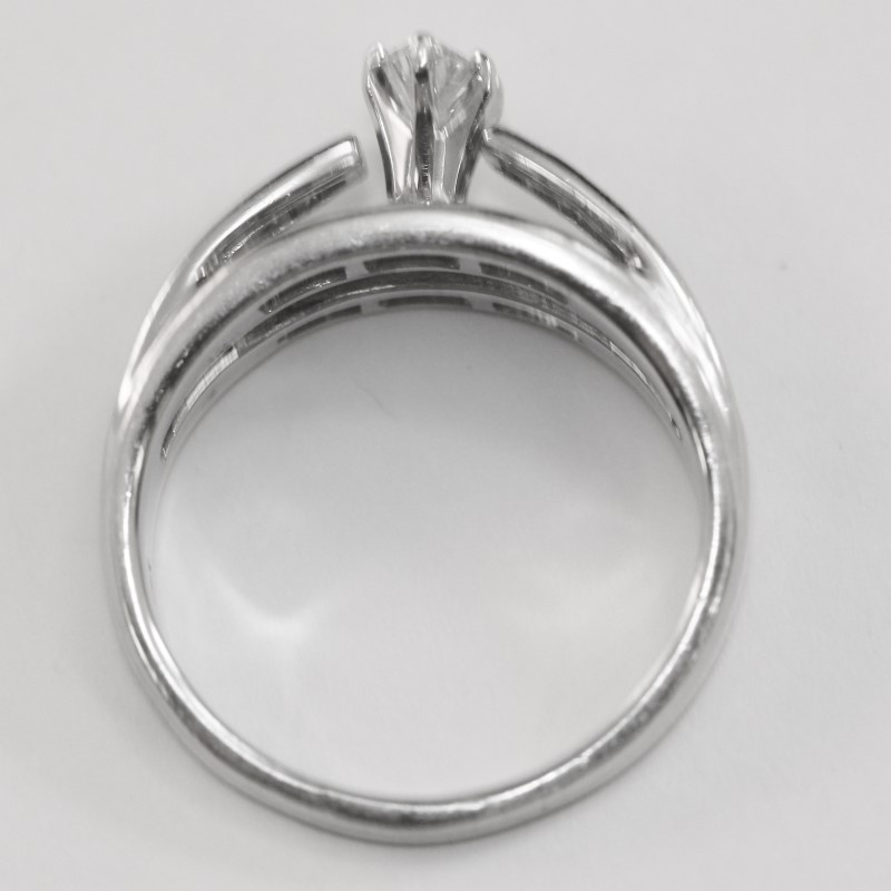 14K White Gold Marquise, Round & Baguette Cut Diamond Ring Size 7.25