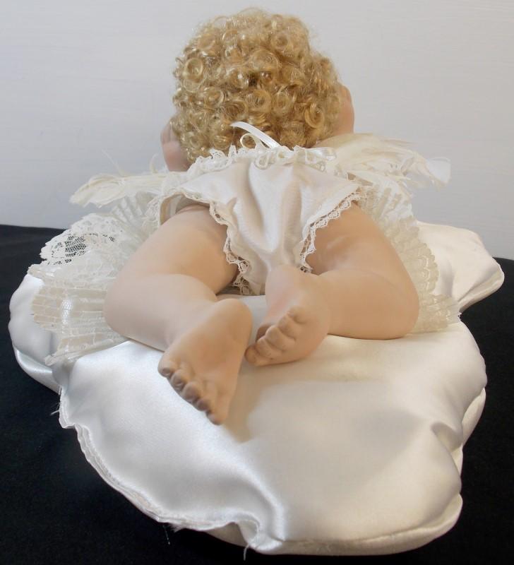 EFFANBEE ANGEL ON SILK PILLOW