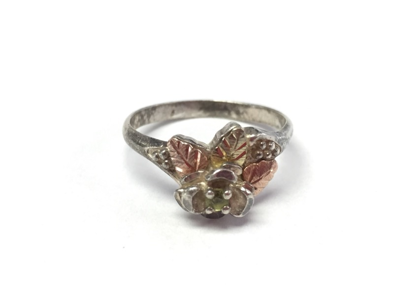 Lady's Silver Ring 925 Silver 3.72g Size:8.8